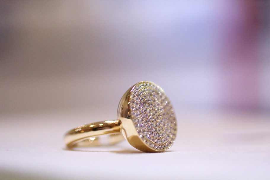 18k gold and diamond ring from Elena Votsi's Cyclos collection at Couture 2013 • Image: Erika Winters