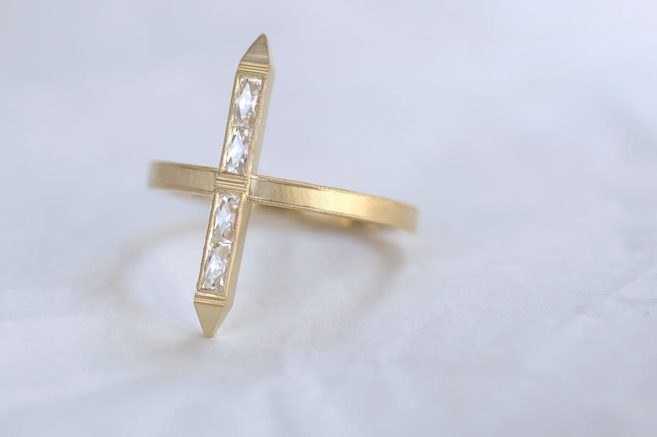 Erika Winters Fine Jewelry - Estella Bar Ring
